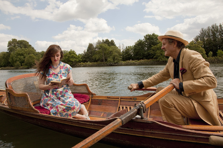 matured: Father and daughter on a vintage boat