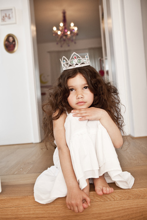pretending: Princess girl thoughtful LANG_EVOIMAGES
