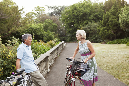 ceasing: Mature couple having cycling break LANG_EVOIMAGES