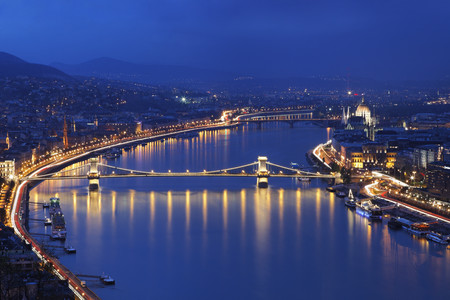 Budapest and river Danube LANG_EVOIMAGES
