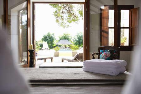 bathtowel: Business Villa