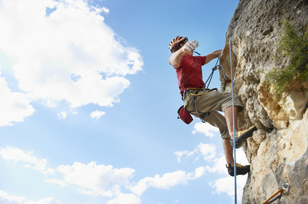 defended: Climbing LANG_EVOIMAGES