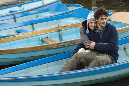 curare teneramente: Coppia, barca LANG_EVOIMAGES