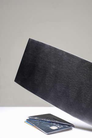 hatchet: Hatchet cutting credit cards LANG_EVOIMAGES