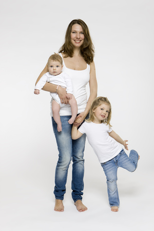 equivalents: Mother and children standing together