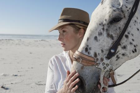 fondling: Horse & Rider LANG_EVOIMAGES