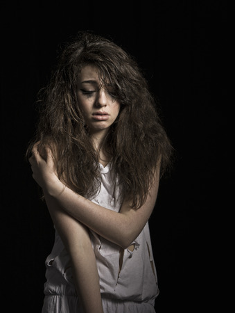 cried: Crying girl with messy hair LANG_EVOIMAGES