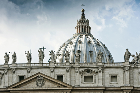 histories: Statues of St Peters Square in Rome