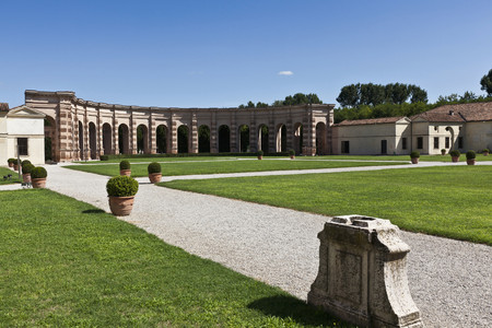 histories: Colonnade with manicured gardens LANG_EVOIMAGES