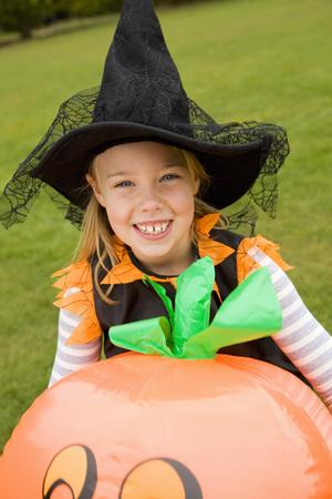 dressups: Girl wearing Halloween costume outdoors