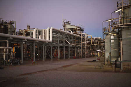Infrastructure of oil refinery LANG_EVOIMAGES