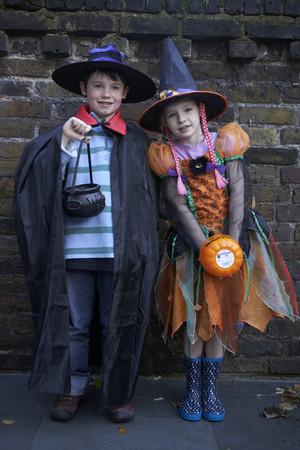 dressups: Children wearing Halloween costumes