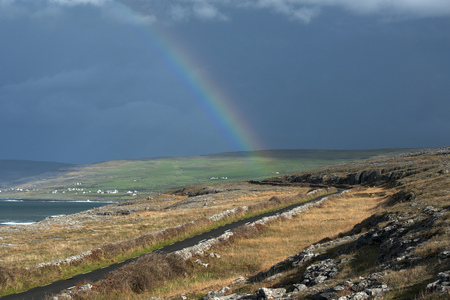 irish countryside: Rainbow over rural landscape LANG_EVOIMAGES