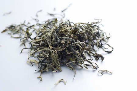 Close up of pile of tea leaves LANG_EVOIMAGES