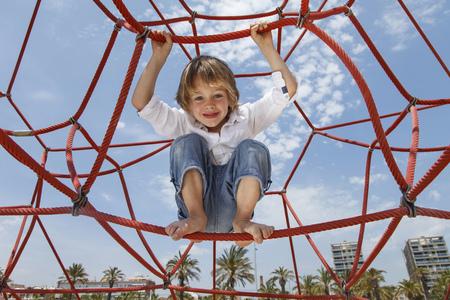 ahorcada: Niño, juego, cuerdas, playa LANG_EVOIMAGES