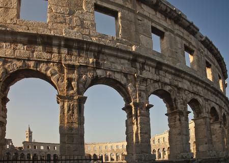 histories: Ancient ruins of arena
