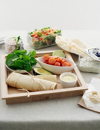generosa: Fresh ingredients for making lavosh wraps
