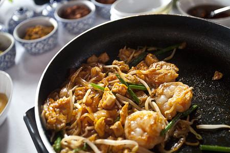utensilios de cocina: Carne y verduras cocina en sartén
