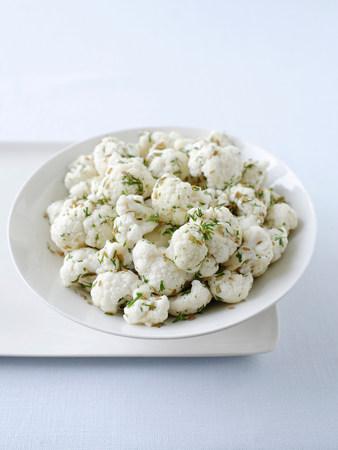 cropped shot: Pickled cauliflower LANG_EVOIMAGES
