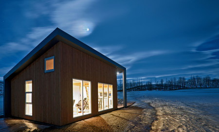 winter escape: Chalet,Laugar,Iceland LANG_EVOIMAGES