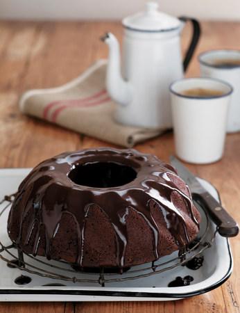 ganache: Chocolate cake with ganache