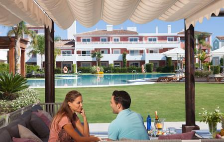 honeymooner: Couple relaxing at holiday resort