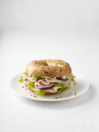 carnes y verduras: Ham and onion on plate