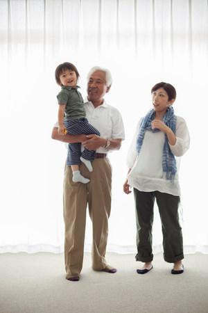 Three generation family, portrait LANG_EVOIMAGES