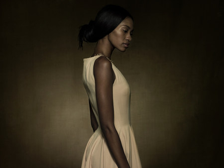 afro caribbean ethnicity: Profile of a young woman LANG_EVOIMAGES
