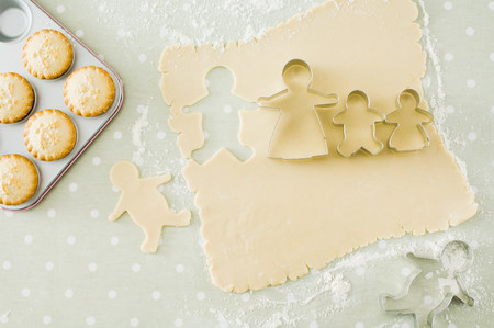 gingerbread man: Mince pies and gingerbread men