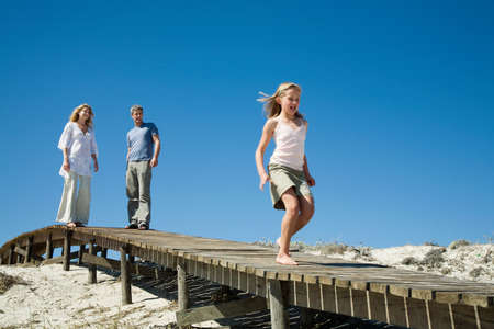 way out: Family at the coast LANG_EVOIMAGES