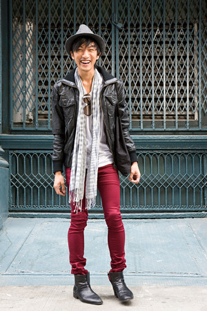Fashionable young man LANG_EVOIMAGES
