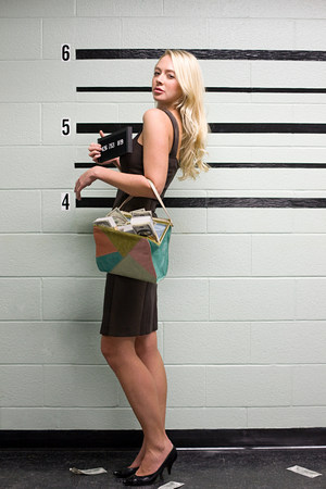 silliness: Woman on police lineup