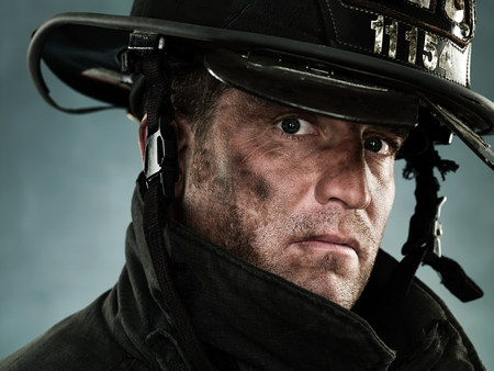 bad condition: Portrait of a firefighter LANG_EVOIMAGES