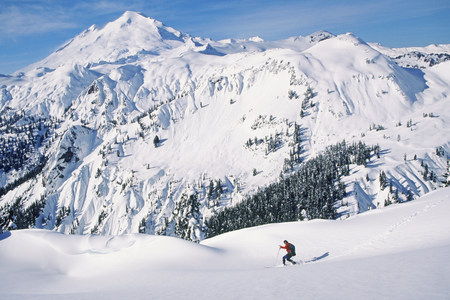 gifted: Man ski touring at artists point