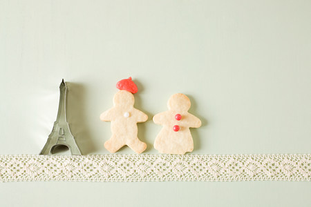 cropped shot: Gingerbread couple and eiffel tower cookie cutter