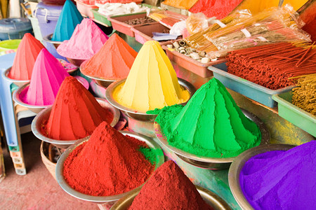 mysore: Colourful powders in mysore market LANG_EVOIMAGES