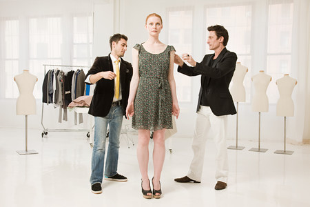age 25 30 years: Fashion designers at work