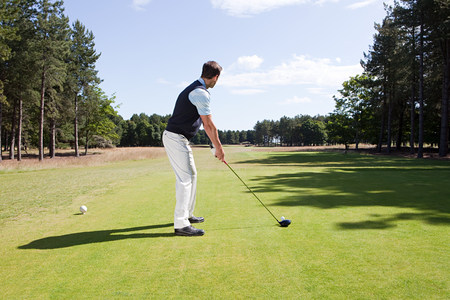 Male golfer on the fairway