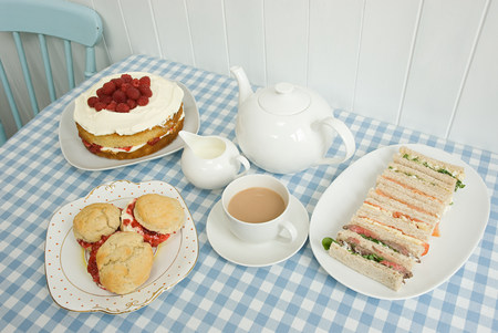tea breaks: Tea with sandwiches and cakes