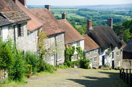 shaftesbury: Gold hill in shaftesbury LANG_EVOIMAGES