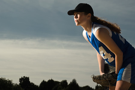 Female baseball player LANG_EVOIMAGES