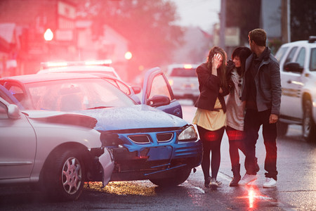 16 to 17 year olds: Young people involved in a car crash LANG_EVOIMAGES