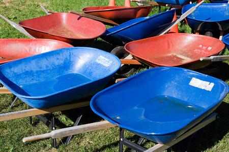 unoccupied: Wheelbarrows