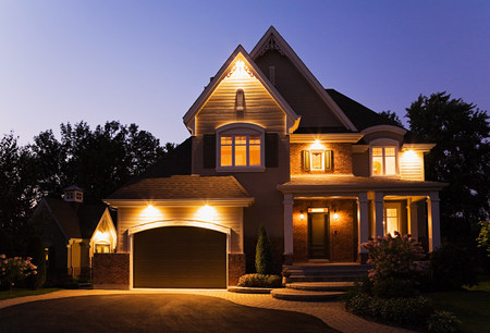 path to wealth: Detached house illuminated LANG_EVOIMAGES