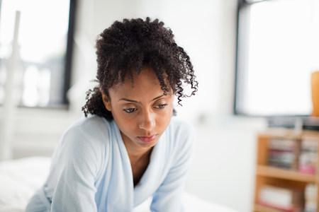 sit down: Mujer, Mirar, Deprimido LANG_EVOIMAGES
