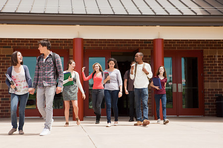 16 to 17 year olds: High school students leaving school building