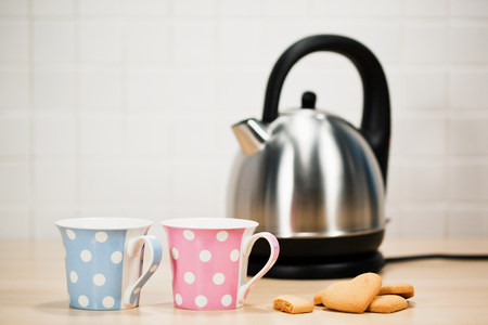 tea breaks: Tea and biscuits with kettle LANG_EVOIMAGES