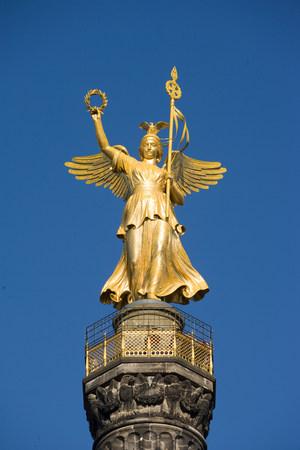 human likeness: Gold statue, Victory Column, Berlin, Germany