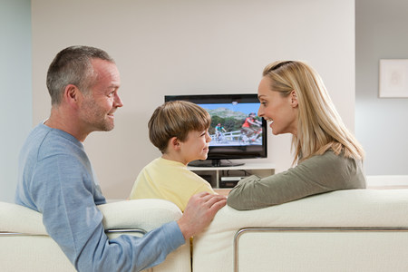 45 50 years: Family watching television